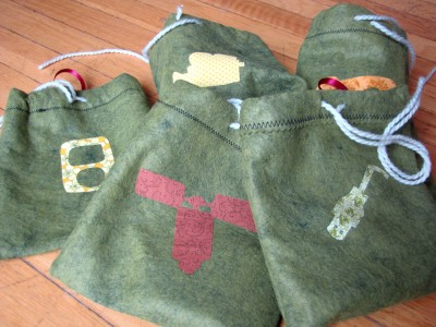 applique bags for holding cords