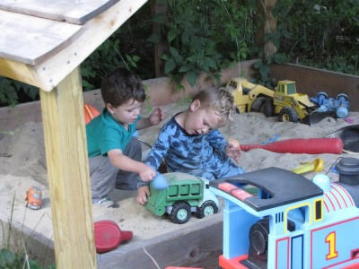 Lijah and Liam playing in the sandbox