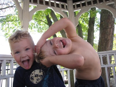 Zion and Lijah being silly in a little gazebo