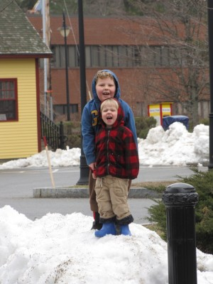 Harvey and Zion on a smallish snow pile