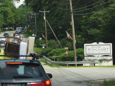 traffic on Rt 1 entering Wiscasset